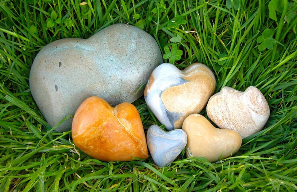Mark Dobkin Studio Beach Hearts Rock!